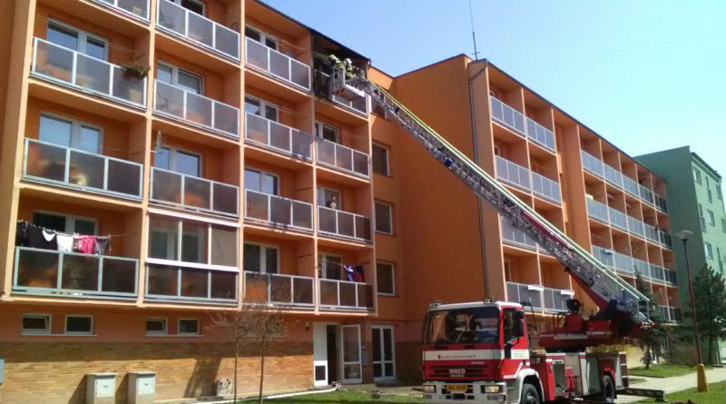 9. 4. 2018 Požár balkonu v Blansku